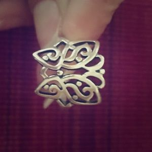 Retired James Avery Butterfly Ring